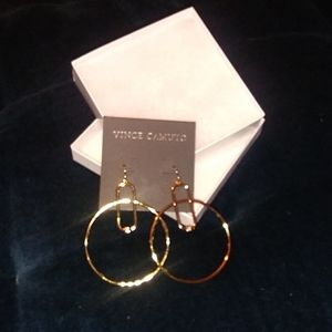 Vince Camuto earring and necklace set